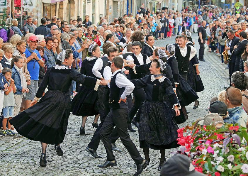 народные танцы британи