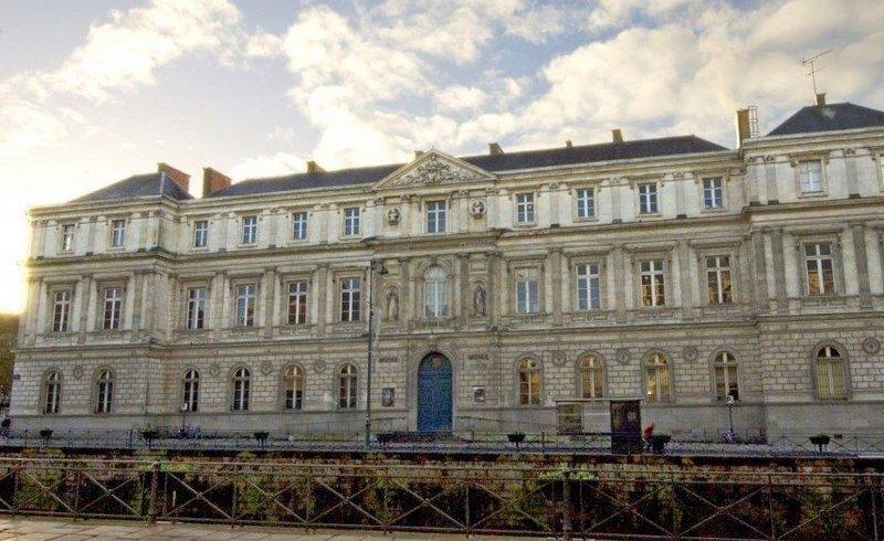 Вічна пам'ять про революцію: Музей образотворчих мистецтв запрошує всіх у Ренн!